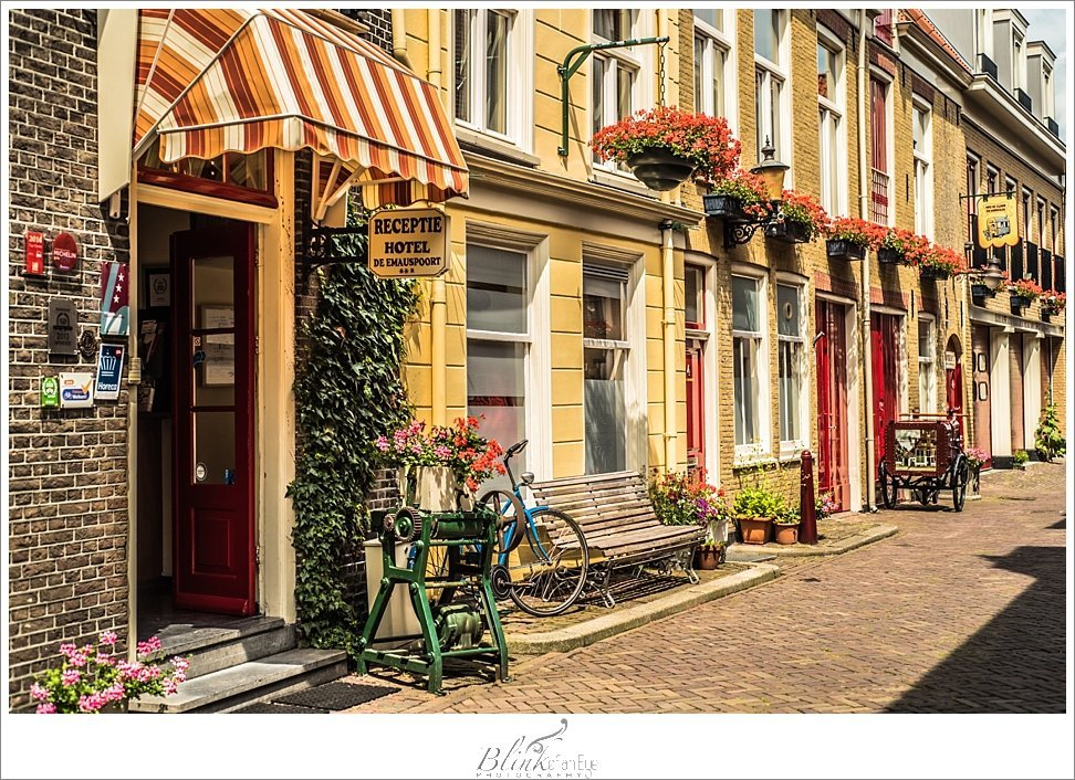 Love the colors of this hotel in Delft.