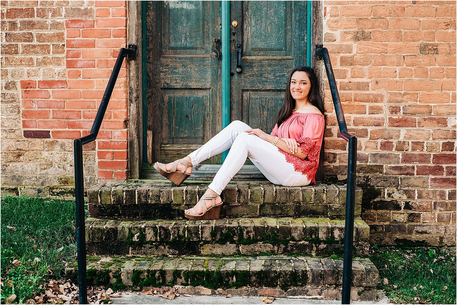 Love the colors and rustic vibe of this senior portrait.